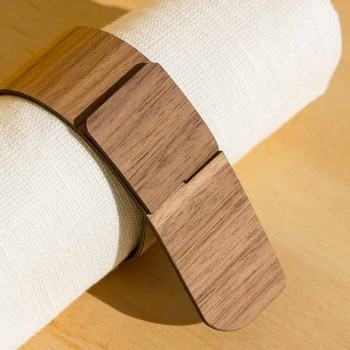 Pierścionek na serwetki z drewna i tkaniny Wykonany we Włoszech - Abraham