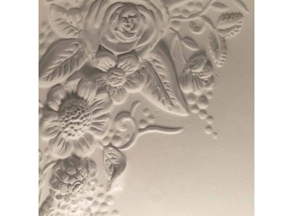 Aplikacja ścienna z matowej białej ceramiki z ozdobnymi kwiatami - Fluxo