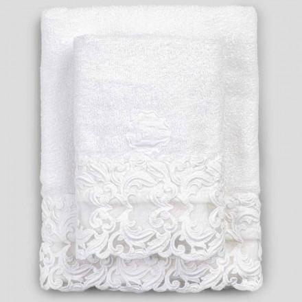 Białe bawełniane ręczniki frotte z koronką, 2 sztuki włoskiego luksusu - Sposi