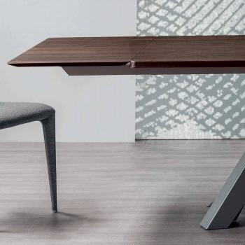 Stół rozkładalny Bonaldo Big Table wykonany z drewna w stylu włoskim