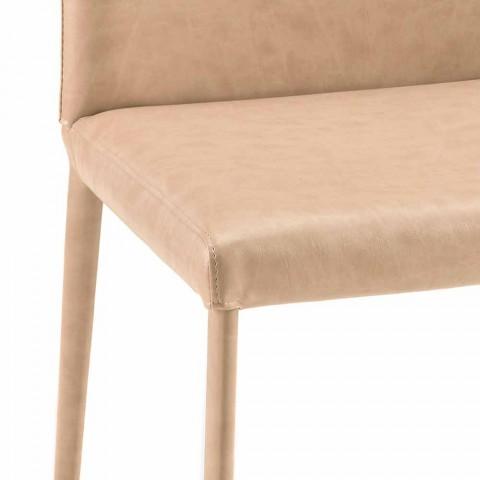 Krzesło Carly w nowoczesnym stylu wykonane we Włoszech