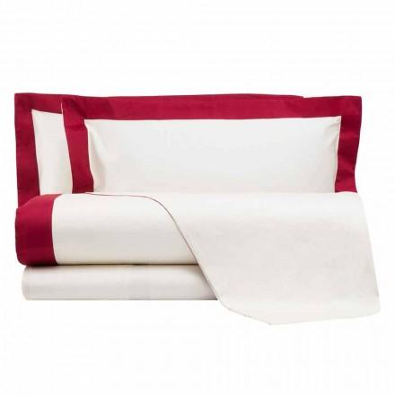 Satynowy komplet pościeli do łóżka podwójnego z kolorowymi krawędziami - hiacynt