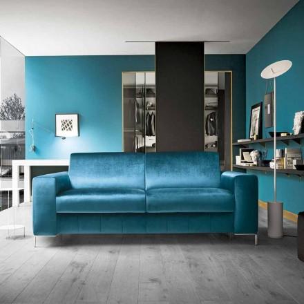 Sofa z tkaniny benzynowej z chromowaną podstawą Made in Italy - Ranuncolo