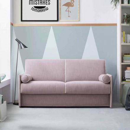 Sofa z jasnoróżowej tkaniny z białą obwódką Made in Italy - Poppy