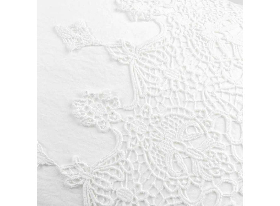 Biała lniana poszewka na poduszkę z koronką w kropki, guzikami i sznurowadłami na poduszkę - Malone