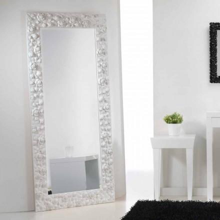 Duże lustro białe stojące z  drewnianą ramą model Flower