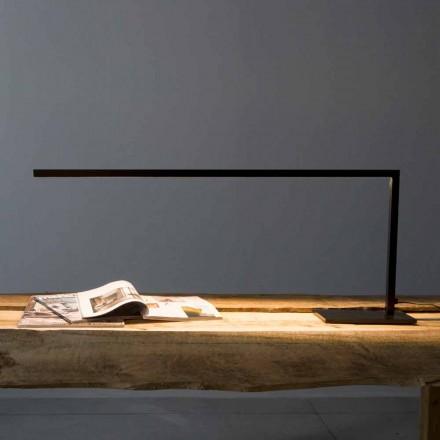 Zaprojektuj lampę stołową z matowego, malowanego na czarno żelaza Made in Italy - Linea