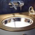 Barokowa umywalka wbudowana w glinę ogniową ręcznie we Włoszech, Egeo