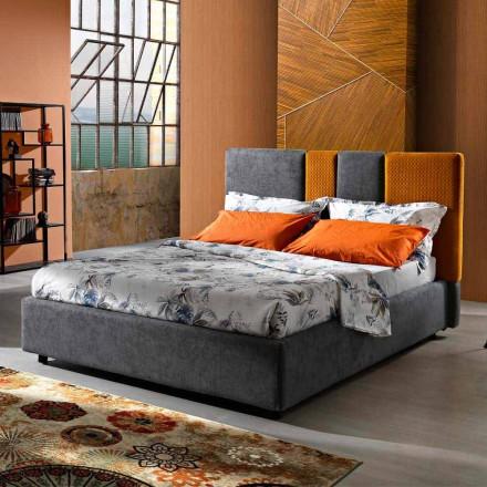 Nowoczesne tapicerowane podwójne łóżko z fałdami lub pikowanym wzorem - Thomas