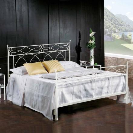 Łóżko dwuosobowe design wykonane z kłutego żelaza Sydney