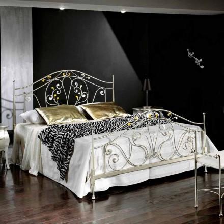 Łóżko dwuosobowe neoklasyczne z żelaza, Jessica