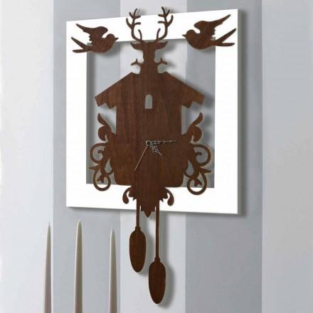 Nowoczesny zegar ścienny z ciemnego i białego drewna dekorowanego - bajka