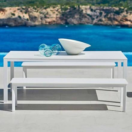 Designowa ławka zewnętrzna wykonana z malowanego aluminium System firmy Varaschin