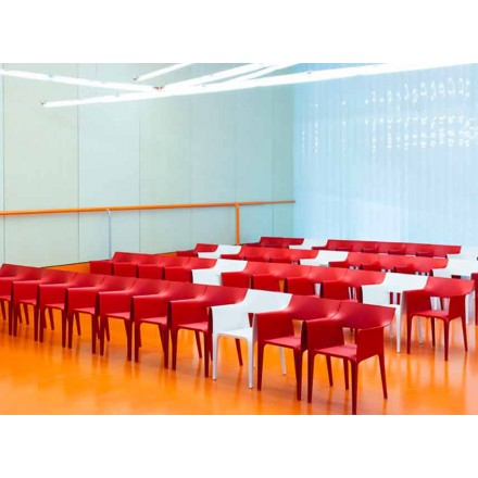 Fotel zewnętrzny Pedrera marki Vondom, projektant Eugeni Quitllet