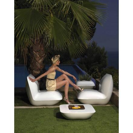 Nowoczesny fotel ogrodowy wykonany z polietylenu Poduszka firmy Vondom