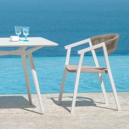 Kluczowe siedzenie do ogrodu na stół firmy Talenti z podłokietnikami