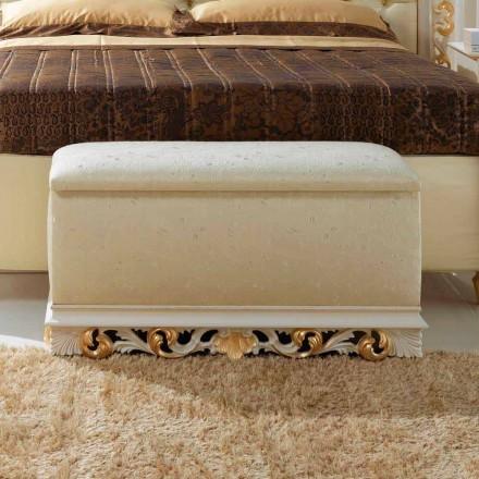 Pufa do sypialni klasyczna Zais, made in Italy