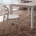 Białe, nowoczesne krzesło Derulo