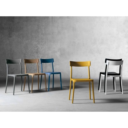 Designowe krzesło zewnętrzne / wewnętrzne z polipropylenu wyprodukowane we Włoszech, w Peia