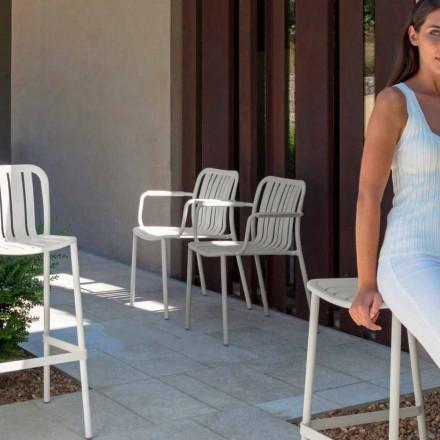Krzesło ogrodowe Trocadero z podłokietnikami firmy Talenti, wykonane z aluminium