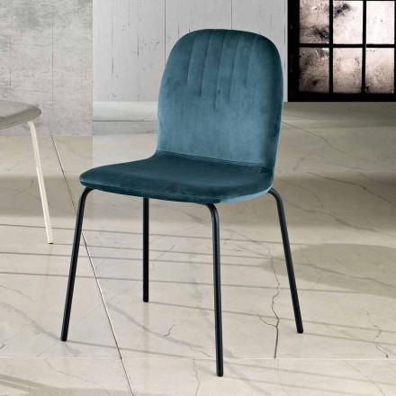 Designerskie krzesło z aksamitnych i rurkowych nóg wykonane we Włoszech, Carola