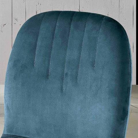 Designerskie krzesło z aksamitnych i rurowych nogawek wykonane we Włoszech, Carola
