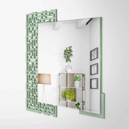 Nowoczesne kwadratowe lustro ścienne z dekorowanego zielonego drewna - Labirynt