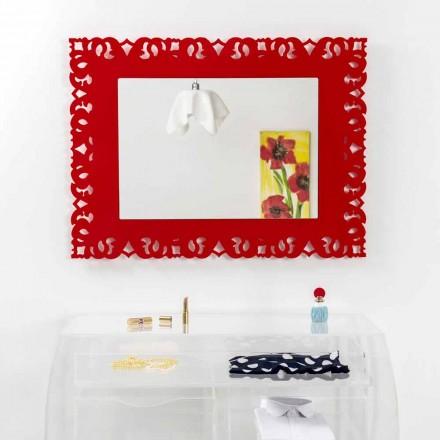 Czerwone lustro ścienne z dekoracją Tonya Macramé wykonane we Włoszech