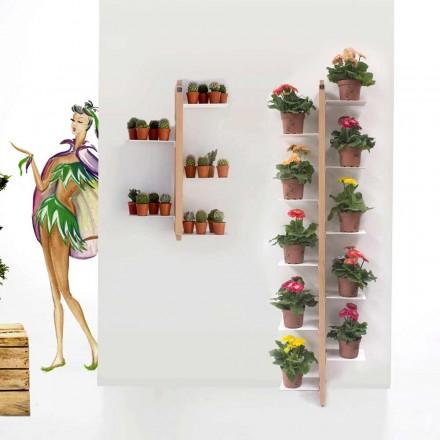 Ciotka Flora garnek z ziemi przymocowana do ściany